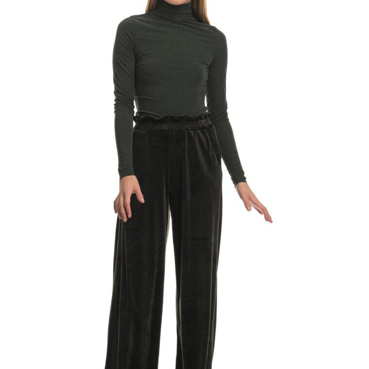 Μαύρο βελουτέ παντελόνι φόρμας