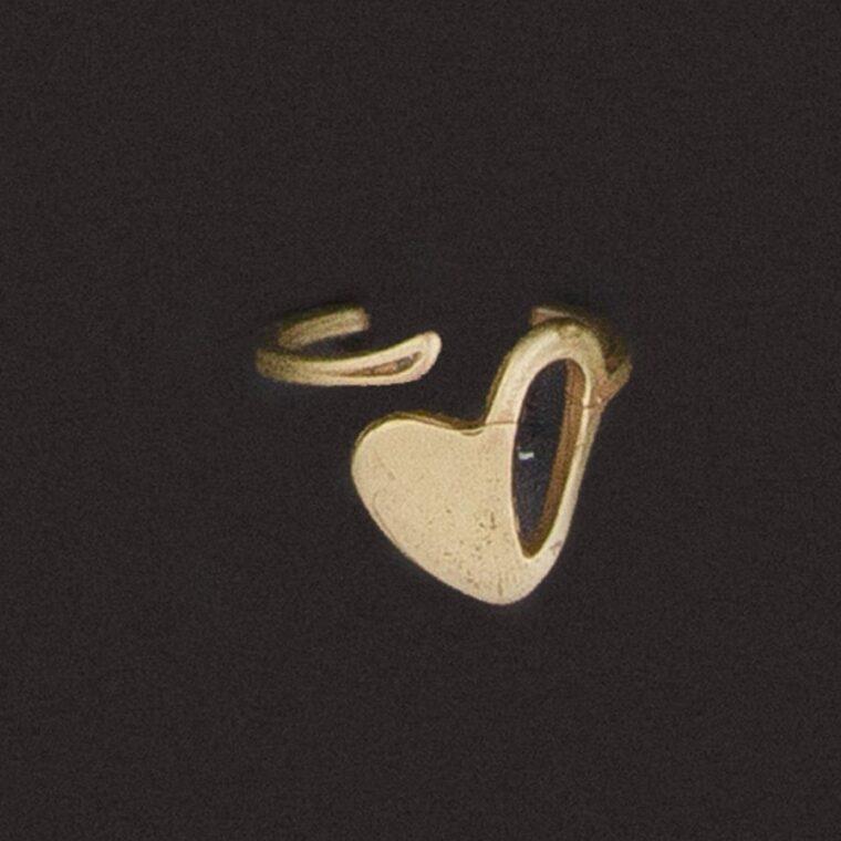 Δαχτυλίδι με σχέδιο καρδιά χρυσό