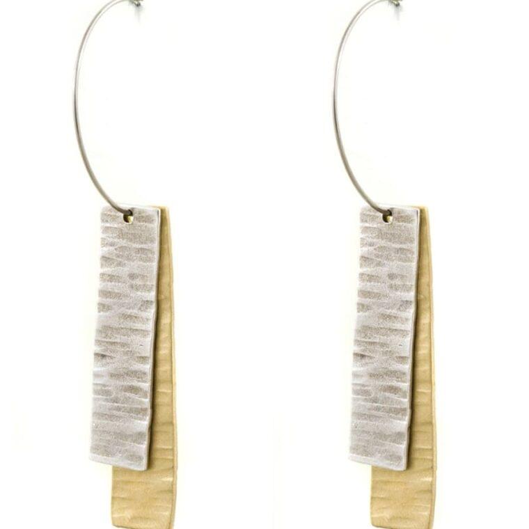 Σκουλαρίκι σε ασημί και χρυσό χρώμα