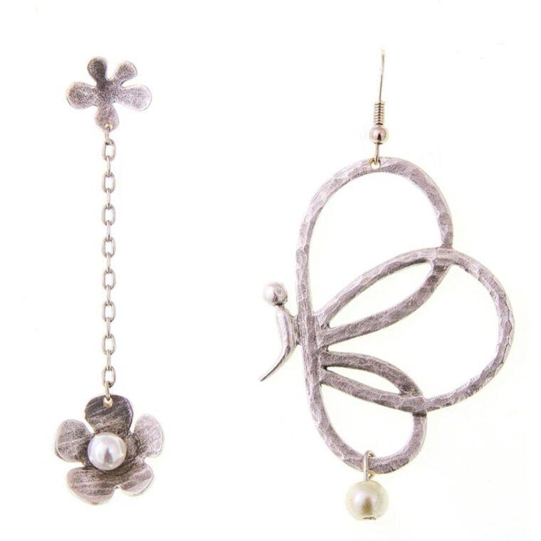 Σκουλαρίκια με σχέδιο πεταλούδα και λουλούδι