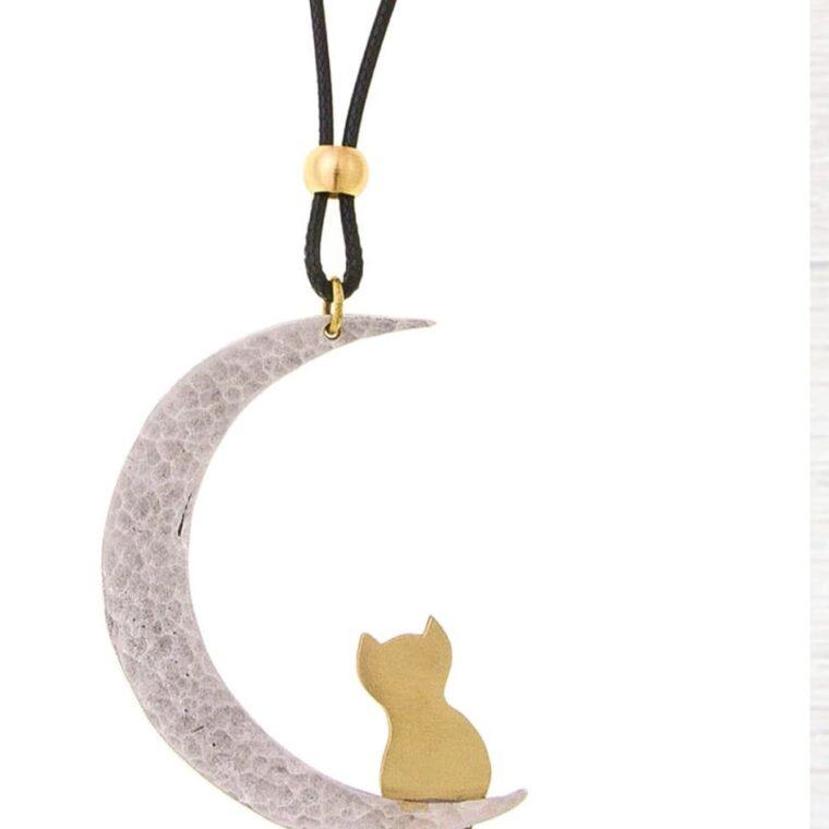 Κολιέ μακρύ με ασημί μισοφέγγαρο και χρυσό γατάκι