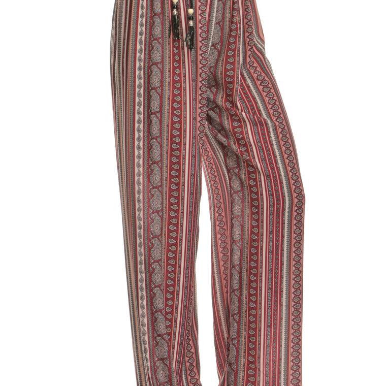 Παντελόνα με σχέδια και μαύρη ζώνη κόκκινο