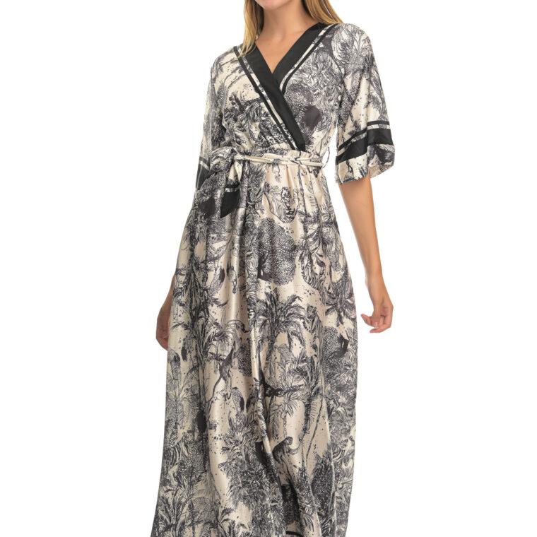 Ασπρόμαυρο μακρύ φόρεμα με ιδιαίτερο μοτίβο,με κοντό μανίκι και ζώνη